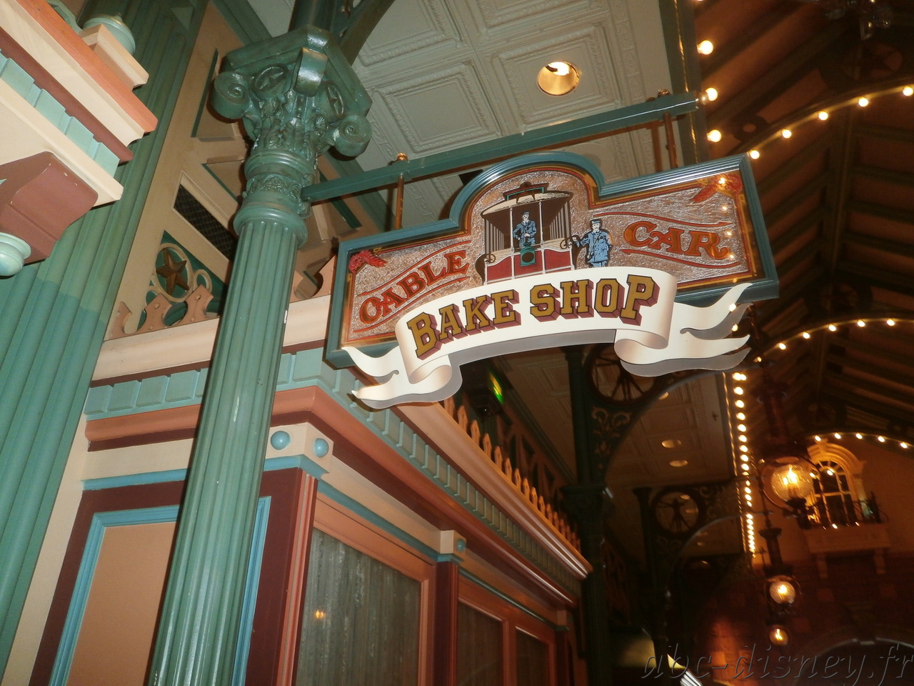 R cable car bake shop 2
